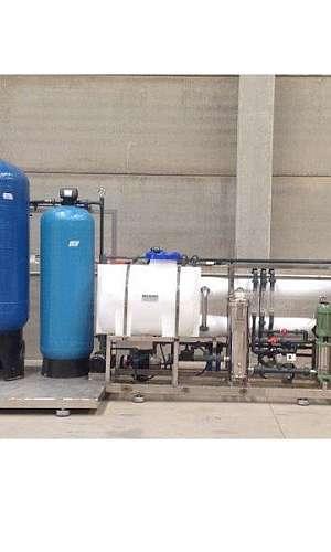 Desmineralizador de água industrial