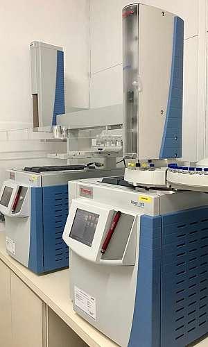 Laboratório análise cromatografia gasosa