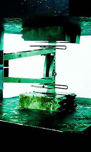 Laboratório de análise metalúrgica
